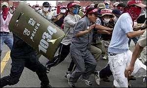 coreiaprotestos.jpg